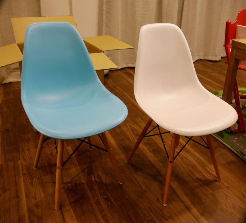 ケンの椅子(イームズシェルチェアのリプロダクト品)が届いたので、さっそく組み立ててみた。10_マルキの育児グッズブログ