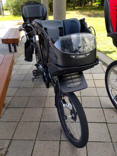 【おすすめ子ども乗せ電動自転車】2人同時に乗せたい!と前後チャイルドシート仕様のヤマハパスキッスミニを購入