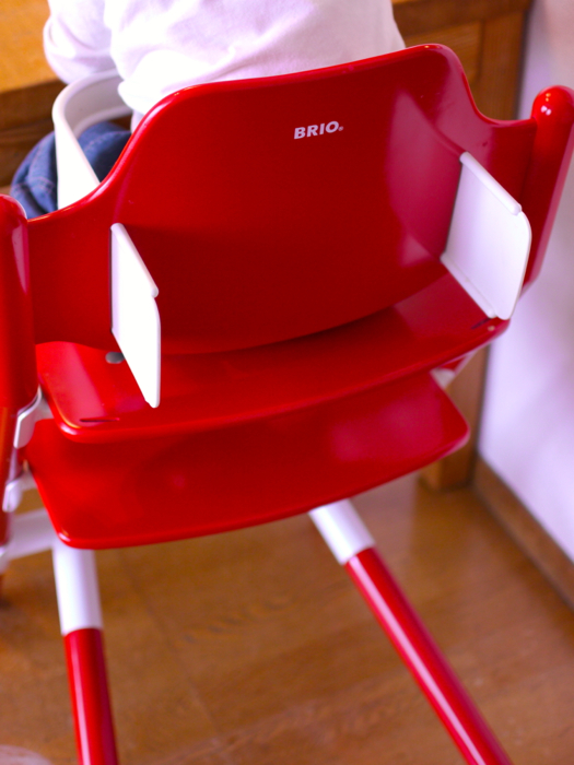 【レビュー】BRIO(ブリオ)ベビーチェア「SIT」 〜成長しても使うなら、ベビーチェアっぽくない方がいい!