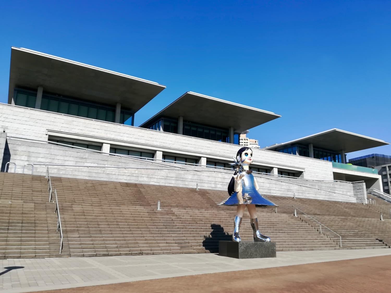 阪神・淡路大震災20年のモニュメントとして建立されたSunSister